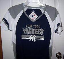 New York Yankees Shirt w  Diamonds Womens Medium New with Tags FREE SHIPPING 3c258e32ae