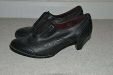 ***Footglove Black Brogue with 2.5 inch Heel Size 6 Leather Upper***