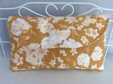 Amarillo Mostaza y Blanco Floral Bolso de embrague