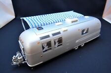Franklinmint 1:24 Airstream International Land Yacht Sovereign of Road Silver
