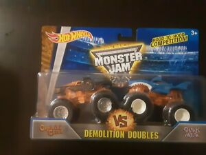 Hot Wheels Monster Jam Doubles Captains Curse and Shark Wreak