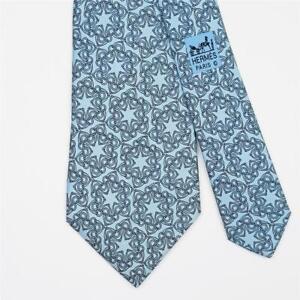 HERMES TIE 7570 SA Horse Bit Floral in Light Blue Classic Silk Necktie