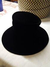 Vintage ♡ Ladies Women'S Black Velvet Hat With Box