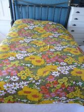 Vintage/Retro Floral Bedspread Bed cover with fringe - Double