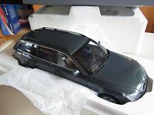 BMW 5er 550i Touring E61 1/18 grau grey met. Dealer Kyosho 80 43 0 308 414 ovp