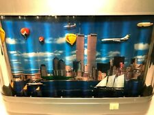 NEW YORK CITY SKYLINE TWIN TOWERS LIGHT UP ROTATING MOTION MOVING  PICTURE LAMP