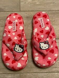 New in Bag Hello Kitty Sanrio Thong Slippers Pink Multi Heart Print Size M 7/8