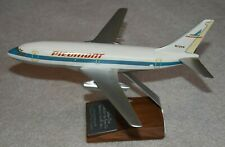 Topping 1/100 Piedmont Airlines Boeing 737-200 Desktop Airplane Model