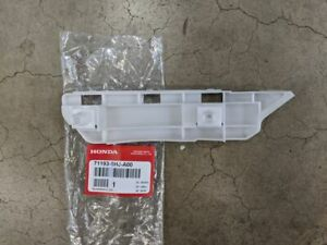 Genuine Honda 05-10 Odyssey Passenger Front Bumper Side Spacer 71193-SHJ-A00