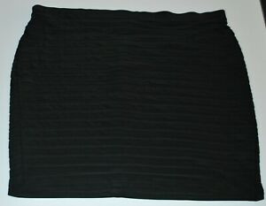 Autograph plus size pull on elastic waist layered skirt Size 26