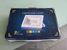 Projecteur 189 LEDS 11000 lumens SMD5730 neuf très puissant IP65