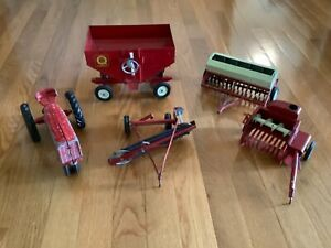 Vintage Die Cast Ertl  International Tractor and 4 Pieces of Farm Equipment