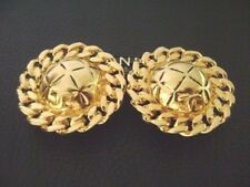 Auth Chanel Vintage Large Gold Round Clip Earring