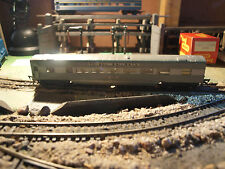 Triang OO Gauge R24/25 Coach and Vista Dome Coach TC Series.