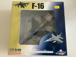Witty Wings 1:72 F-16 Falcon RNLAF Dutch Airforce 323 Squadron Dirty Diana