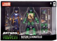 Batman vs TMNT Gamestop Exclusive Batgirl & Donatello Nickelodeon DC 2-pack