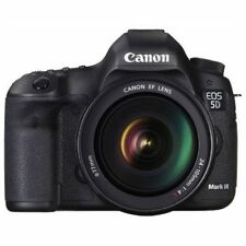 Near Mint! Canon EOS 5D Mark III with EF 24-105mm f/4 L IS USM - 1 year warranty