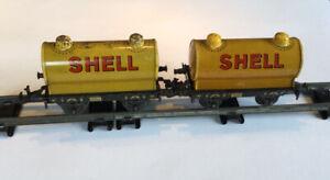 AC1842: A Pair Of Vintage Bing 0 Gauge Shell Tank Wagon 10/566/0