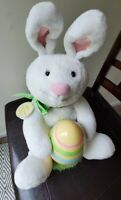 Hallmark ROCKIN' RABBIT Sound Motion Easter Bunny Animated with Tag Plush