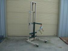 Beech Engineering & Mfg 1000 lb Capacity Hoist / Lift Truck