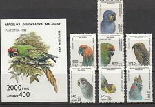 Stamps 1992 Madagascar Parrots set of 7 plus mini sheet MUH, nice thematics