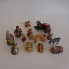 12 santons crèche terre cuite résine plâtre fait main + 2 éléments de décoration
