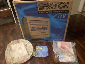 """Samtron 77V VGA Vintage Gaming 17"""" CRT Computer Monitor"""
