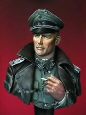 1/10 BUST Resin Figure Model Kit German Officer WWII Unpainted Unassambled