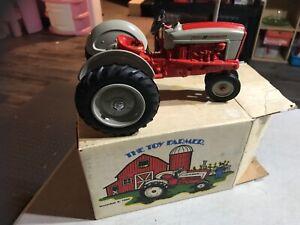 ERTL The Toy Farmer Ford 901 Powermaster Tractor w/ Original Box