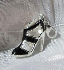 Charms breloque pendentif chaussure peace émaillé argenté mousqueton 44 x 09mm