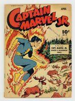 Captain MARVEL Jr 29 April 1945 Blazes A Wilderness Trail 10 Cent FAWCETT Golden