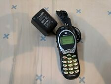 Vintage Collectible MOTOROLA MOBILE CELL PHONE + Charger