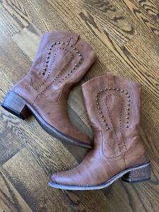 """Bare Traps Brown Cowboy Boots, """"Partner"""", Size 8"""