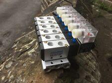 4V210-08 24vdc 6 stazione pneumatico ELETTROVALVOLA COLLETTORE/Island 5/2 funzioni