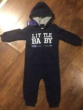 BABY BOY NAVY BLUE HOODED ONEPIECE/ PLAYSUIT IN SIZE 12-24 MTHS