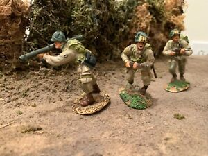 """CONTE COLLECTIBLES #WWII-030 D-DAY """"US 101st AIRBORNE W/ BAZOOKA SET"""" PRE-OWNED!"""