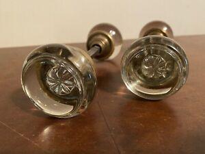 2 Vintage Victorian Deco 1920-30s Glass Door Knobs in Brass Clear Glass & Flower