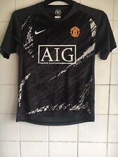 Boy's Manchester United Age 10-12 Medium Football Shirt AIG FLAWED