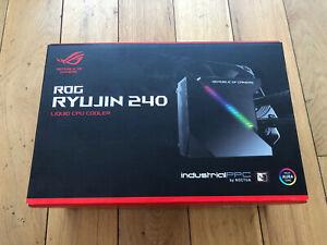 ROG Ryujin 240mm Liquid CPU Cooler Display 2x 120mm Noctua