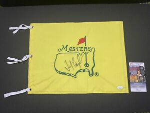 Fred Couples signed Masters pin flag 1992 Champion. JSA LL40716