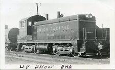 5J109 RP 1940s UNION PACIFIC RAILROAD ENGINE #DS1025