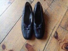 Hotter 100% Leather Low (0.5-1.5 in.) Women's Heels