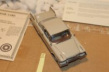 B102 Danbury Mint 1958 Plymouth Fury 1:24 Beige, Title