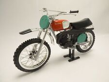Moto HUSQVARNA CROSS 250 T. Hallman replica 1/12 MX250
