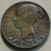 1897 Queen Victoria Diamond Jubilee Medal, Royal Mint small 26mm 9.77g EF & Dark