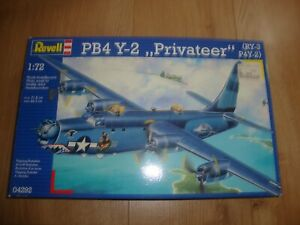 L215 Revell Model Kit 04292 - PB4 Y-2 Privateer (RY-3 P4Y-2) - 1/72