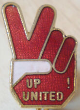 MANCHESTER UNITED Vintage 1970s badge Maker COFFER N'ton Brooch pin 18mm x 26mm