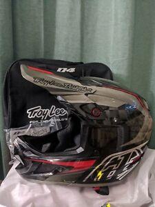 Troy Lee Designs D4 Carbon Exile Gray Size Large 58-59cm Helmet