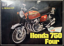Honda Dream CB750 Four Bike Motorrad 1:8 MPC Model Kit Bausatz MPC827 CB 750