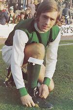 Football Photo>ERICH SCHAEDLER Hibernian 1970s